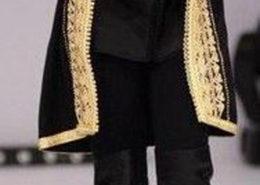 slanker met een jas